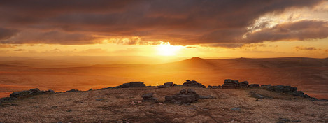 Alex Nail, fur tor sunset