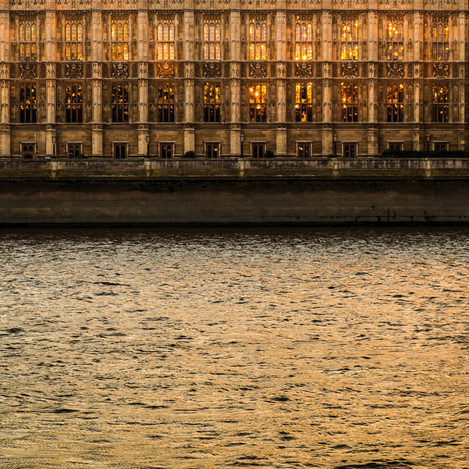 Quintin Lake -Thames Waters 169 Miles downstream (Houses of Parliament, London).
