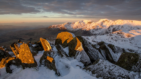 December dawn from Bowfell to the Scafells