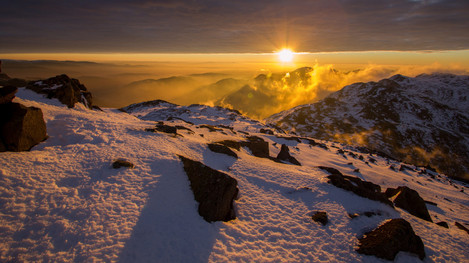 Winter dawn from Bowfell