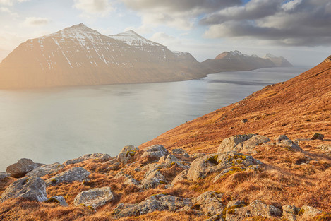 Early evening light and the island of Kalsoy, stretching to the north. A bit more to the left and the sun would have blown out the picture. Balancing the composition was crucial.
