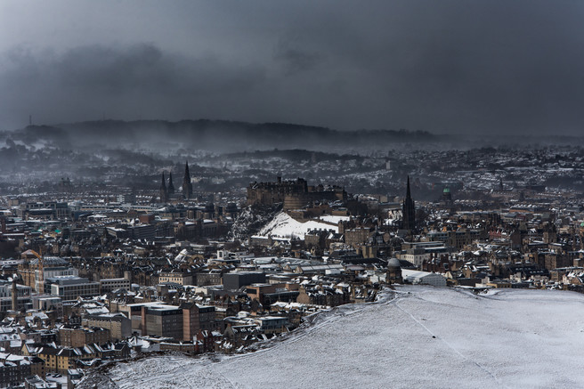 Andrew Bulloch - Edinburgh in the snow