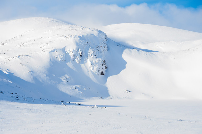 Alex Roddie - An incredible depth of snow in Coire Etchachan
