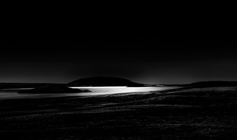 David Rosen - Sunlight in the darkness Iceland